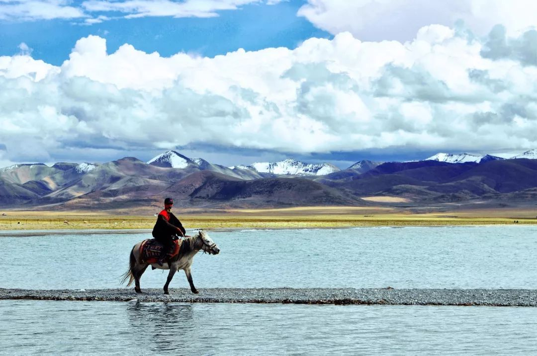听说,你喜欢西藏很久了!